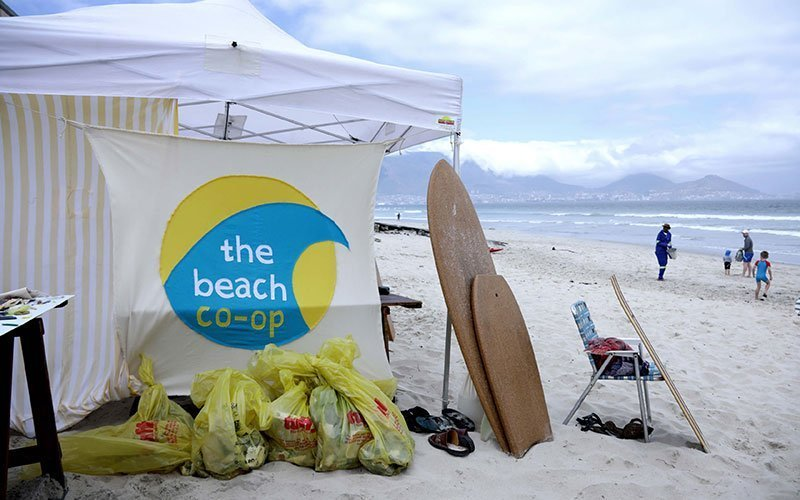 Dirty Dozen Beach Cleanup